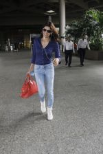 Sherlyn Chopra snapped at airport on 8th Aug 2016 (18)_57a94c6f694c2.JPG