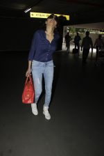 Sherlyn Chopra snapped at airport on 8th Aug 2016 (15)_57a94c6b9d281.JPG