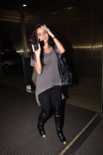 Shraddha Kapoor leave for Half Girlfriend shoot in Cape Town snapped at airport on 8th Aug 2016 (23)_57a94cb2b796b.JPG