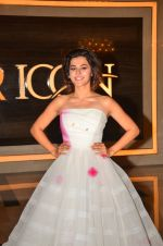 Taapsee Pannu at Pink trailer launch in Mumbai on 9th Aug 2016 (56)_57a9e9766c653.JPG