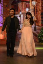 Tiger Shroff, Jacqueline Fernandez promote The Flying Jatt on the sets of The Kapil Sharma Show on 8th Aug 2016 (30)_57a94e425f2c5.JPG