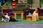 Tiger Shroff, Jacqueline Fernandez promote The Flying Jatt on the sets of The Kapil Sharma Show on 8th Aug 2016 (55)_57a94dd3bc6a0.JPG