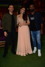 Tiger Shroff, Jacqueline Fernandez, Remo D Souza promote The Flying Jatt on the sets of The Kapil Sharma Show on 8th Aug 2016 (144)_57a94de0b41ec.JPG