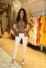 Amyra Dastur at Kashish Infiore store for Shruti Sancheti preview on 9th Aug 2016 (36)_57aad43f8a667.JPG