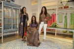 Amyra Dastur, Priyanka Bose at Kashish Infiore store for Shruti Sancheti preview on 9th Aug 2016 (142)_57aad4497a1f3.JPG