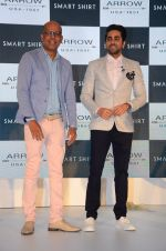 Ayushmann Khurrana at Arrow Smart Shirt launch in Mumbai on 9th Aug 2016 (35)_57aaaa2209248.JPG