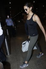 Deepika Padukone snapped at airport on 9th Aug 2016 (10)_57ab3aaa7feea.JPG