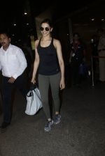 Deepika Padukone snapped at airport on 9th Aug 2016 (12)_57ab3aac7d173.JPG