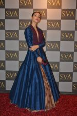 Deepti Gujral at SVA Autumn Winter collection launch on 9th Aug 2016 (31)_57aaaf17a7fa8.JPG