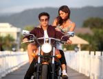 Jimmy & Bruna abdullah in the stil from movie Yea Toh Two Much Ho Gayaa_57ab3bcdeaa36.jpg