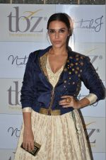 Neha Dhupia at Natasha J preview in Mumbai on 9th Aug 2016 (16)_57aaaf6036910.JPG