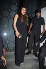 Raveena Tandon at Publicist Rohini Iyer_s bash in Mumbai on 9th Aug 2016 (19)_57ab39efb1abe.JPG