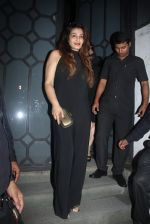 Raveena Tandon at Publicist Rohini Iyer_s bash in Mumbai on 9th Aug 2016 (20)_57ab39f068282.JPG