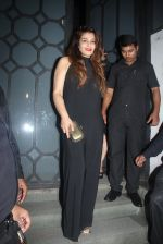 Raveena Tandon at Publicist Rohini Iyer_s bash in Mumbai on 9th Aug 2016 (21)_57ab39f1a6a94.JPG