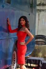 Shilpa Shetty for promo shoot of new show on sony on 9th Aug 2016 (25)_57aaad9a2f7fd.JPG
