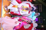 Kapil Sharma and Jacqueline Fernandez tie the knot on the sets of The Kapil Sharma Show on 10th Aug 2016 (6)_57ac811af3820.JPG