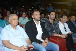 Mahendra Singh Dhoni, Sushant Singh Rajput at MS Dhoni trailer launch on 11th Aug 2016 (52)_57ac8505eb363.jpg