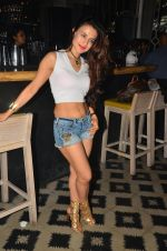 Ameesha Patel snapped at Corner House for friends party on 10th Aug 2016 (24)_57ac4456b09c6.JPG