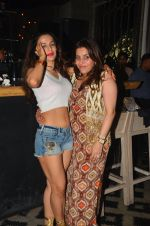 Ameesha Patel snapped at Corner House for friends party on 10th Aug 2016 (28)_57ac445acc498.JPG