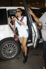 Jacqueline Fernandez snapped at airport on 10th Aug 2016 (107)_57ac449107975.JPG