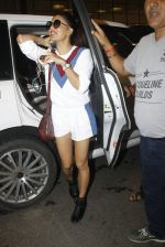 Jacqueline Fernandez snapped at airport on 10th Aug 2016 (108)_57ac449245a6e.JPG