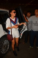 Jacqueline Fernandez snapped at airport on 10th Aug 2016 (25)_57ac44802bb76.JPG