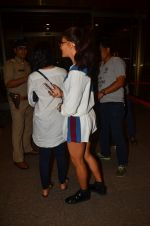 Jacqueline Fernandez snapped at airport on 10th Aug 2016 (34)_57ac44884e223.JPG