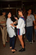 Jacqueline Fernandez snapped at airport on 10th Aug 2016 (35)_57ac4488f37e0.JPG