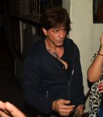 Shahrukh Khan snapped at recording studio with new tattoo on chest on 10th Aug 2016