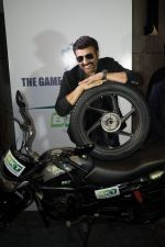 Sunny Deol at The BKT Launch of its First Two Wheeler Tyre Series in JW Marriott, Aerocity, New Delhi on 10th Aug 2016 (4)_57ac4a040921b.JPG