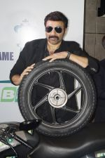 Sunny Deol at The BKT Launch of its First Two Wheeler Tyre Series in JW Marriott, Aerocity, New Delhi on 10th Aug 2016 (5)_57ac4a0a1d485.JPG