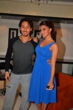 Tiger Shroff, Jacqueline Fernandez shoot at the promotion of The Flying Jatt on 10th Aug 2016 (15)_57ac4a43b11ba.JPG
