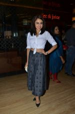 Amruta Khanvilkar at Sai Tamhanakar_s film screening in Mumbai on 11th Aug 2016 (10)_57ad989c65354.JPG