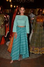 Evelyn Sharma at Jhelum store_s National Handloom day celebrations on 11th Aug 2016 (21)_57ad97d723853.JPG