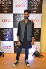 Kunal Rawal at Aza in association with Lakme Fashion Week with emerging designers on 11th Aug 2016 (70)_57ad975e2499b.JPG