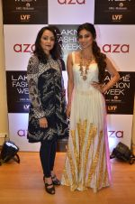 Mouni Roy at Aza in association with Lakme Fashion Week with emerging designers on 11th Aug 2016 (22)_57ad976bd21af.JPG
