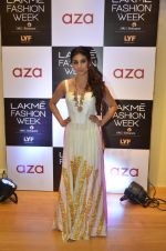 Mouni Roy at Aza in association with Lakme Fashion Week with emerging designers on 11th Aug 2016 (25)_57ad9771c9785.JPG