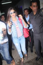 Shilpa Shetty at Rustom screening in Sunny Super Sound on 11th Aug 2016 (9)_57ad9acfa7822.JPG