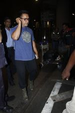 Aamir Khan returns from the USA on 12th Aug 2016 (20)_57af6a7336967.JPG