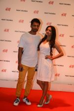 Barkha Bisht, Indraneil Sendupta at h&m mubai launch on 11th Aug 2016 (314)_57af3527e496b.JPG