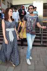 Dia Mirza and Abhay Deol sanpped at Welingkar college on 12th Aug 2016 (1)_57af6fa03e802.JPG