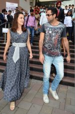 Dia Mirza and Abhay Deol sanpped at Welingkar college on 12th Aug 2016 (90)_57af70166762d.JPG