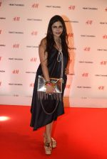 Nisha Jamwal at h&m mubai launch on 11th Aug 2016 (17)_57af36961689d.JPG
