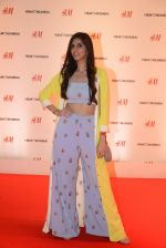 Nishka Lulla at h&m mubai launch on 11th Aug 2016 (108)_57af36994241a.JPG