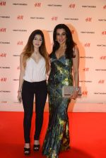 Pooja Bedi at h&m mubai launch on 11th Aug 2016 (27)_57af36a594fa3.JPG