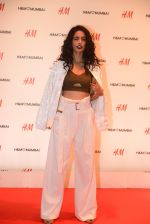 Sarah Jane Dias at h&m mubai launch on 11th Aug 2016 (106)_57af37941e27b.JPG