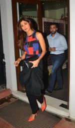 Shilpa Shetty snapped in Mumbai on 12th Aug 2016 (2)_57af6c218b7ac.JPG