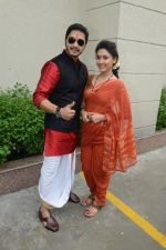 Shreyas Talpade, Manjari Fadnis at the poster launch of Wah Taj on 12th Aug 2016 (15)_57af6df9d3bbb.JPG