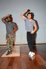 Tiger Shroff and Remo Dsouza promote A Flying Jatt at RCity on 12th Aug 2016 (20)_57af66aa5b322.jpg