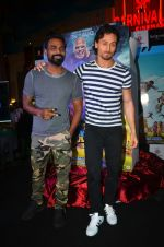 Tiger Shroff and Remo Dsouza promote A Flying Jatt at RCity on 12th Aug 2016 (8)_57af668c33a60.jpg